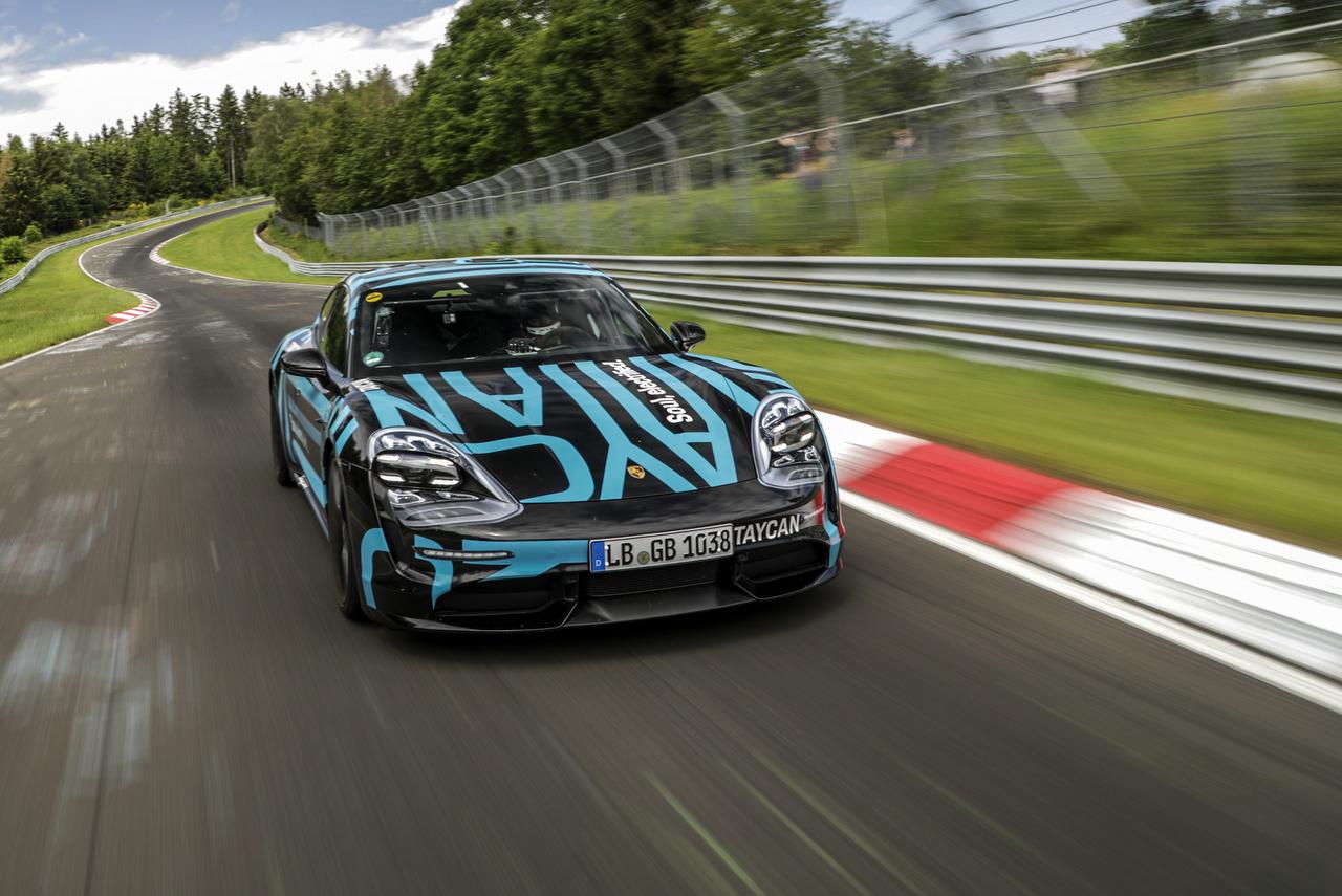 Porsche Taycan Nordschleife