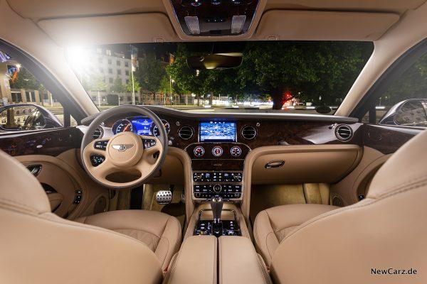 Bentley Mulsanne EWB Innenraum vorne