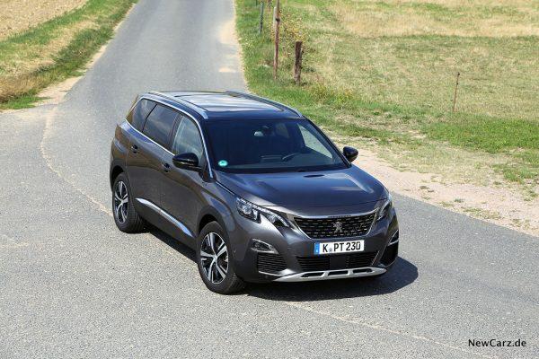 schräg oben Peugeot SUV