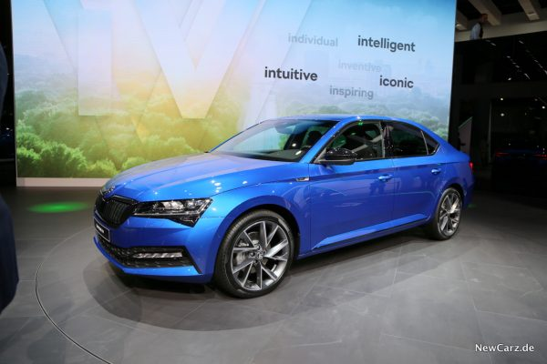 Plug-In Hybrid Superb
