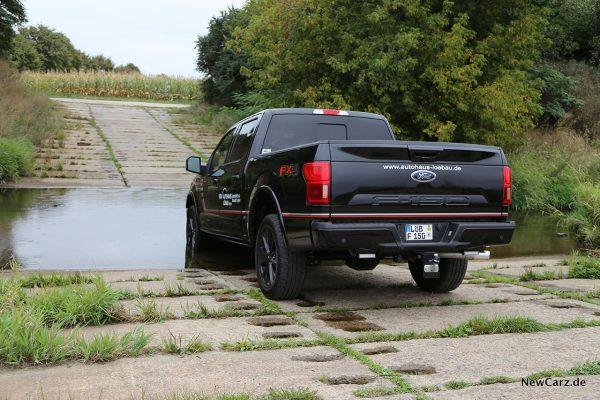 Wasserdurchfahrt Pick-Up