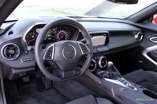 Chevrolet Camaro Coupé Innenraum