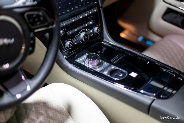 Jaguar XJ50 Gangwahl