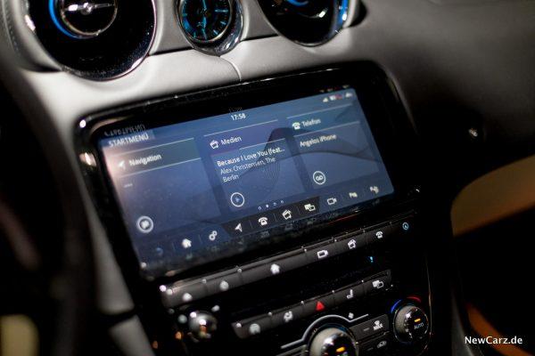 Jaguar XJ50 Zentralbildschirm