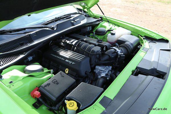 Motorraum Dodge Challenger