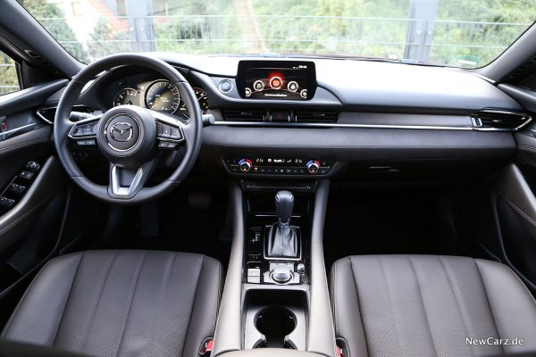 Innenraum Mazda6 Kombi Facelift