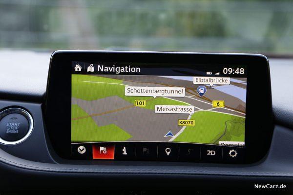 Bildschirm im Mazda6 2019