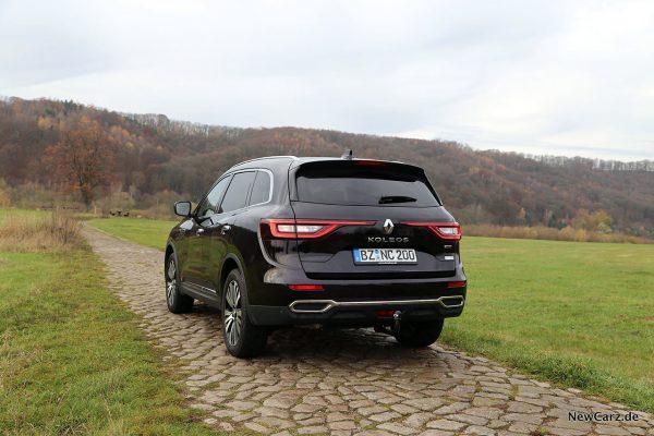 Renault Koleos Dauertest schräg hinten links