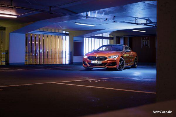 BMW M850i xDrive Nightshot