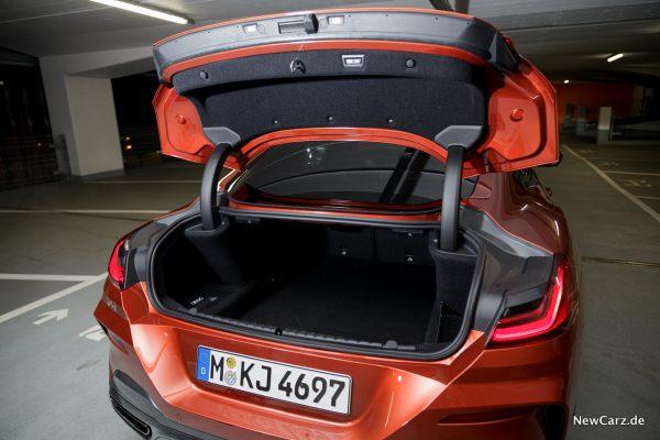 BMW 8er Kofferraum