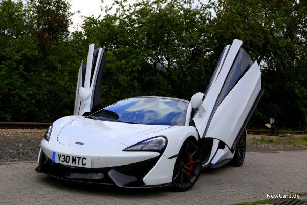 McLaren 570S Spider Scherentüren