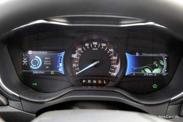 Cockpit Mondeo Hybrid