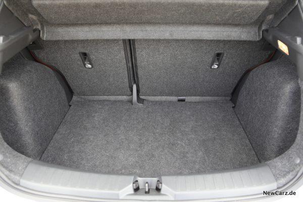 Kofferraum Micra