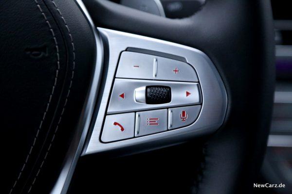 BMW 730d xDrive Facelift Tasten Lenkrad