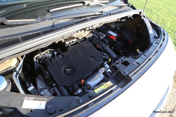 Motorraum Rifter Blue HDi