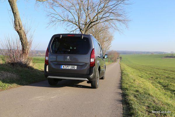 Peugeot Rifter L2 schräg hinten rechts