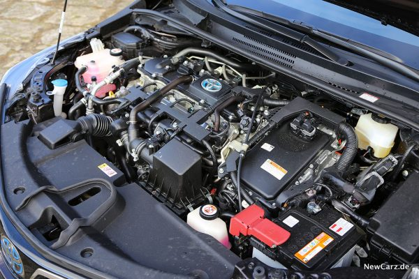 Motorraum Corolla Hybrid