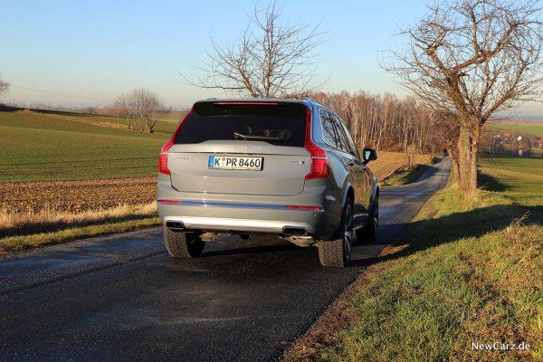 Volvo SUV onroad
