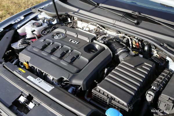 Motorraum Passat TDI