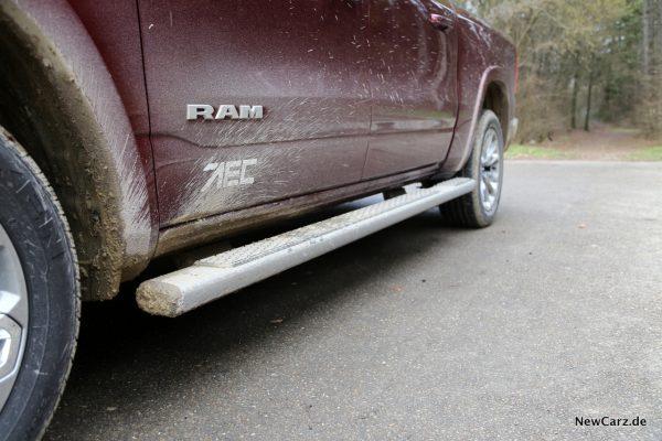 RAM 1500 Sport Trittbretter