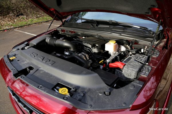 5,7 HEMI V8