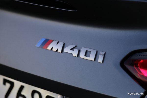 BMW Z4 M40i Schriftzug