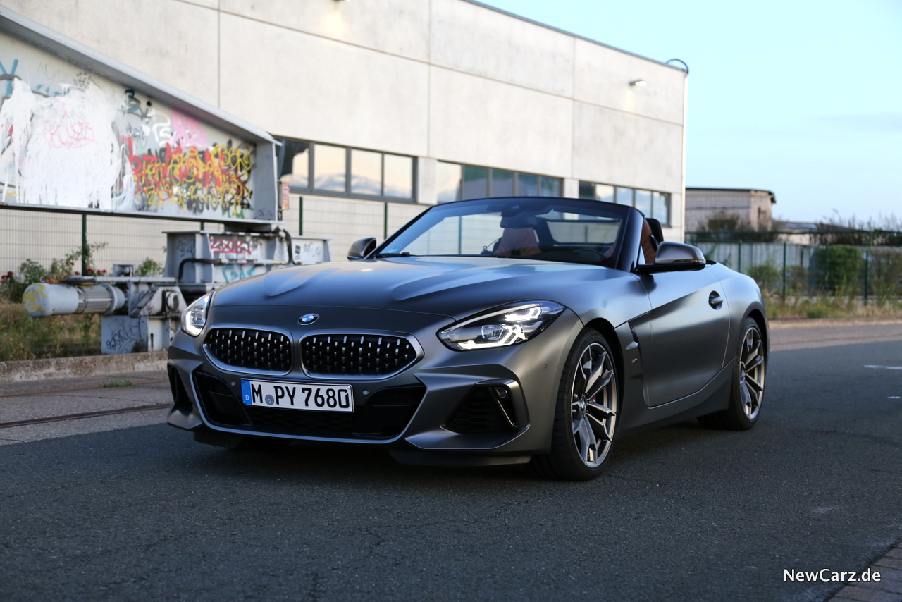 2020 BMW Z4 Roadster Exterior and Interior
