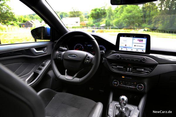 Ford Focus ST 2019 Innenraum