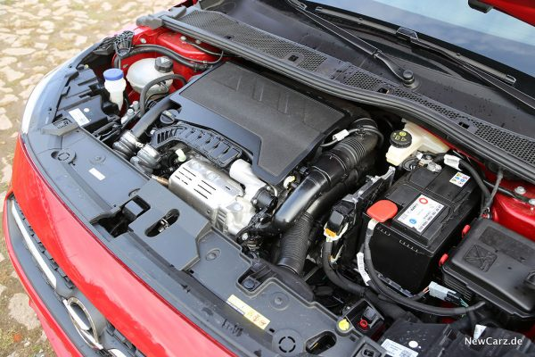 Motorraum Opel Corsa GS Line