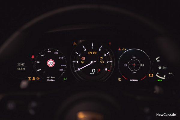 Porsche 911 Carrera 4S Cabriolet Cockpit