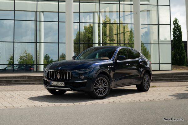 Maserati Levante Diesel schräg Seite