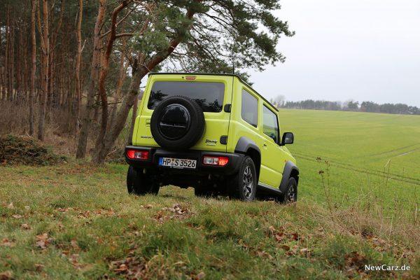 Suzuki Jimny im Gelände