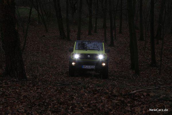 Suzuki Jimny mit Licht