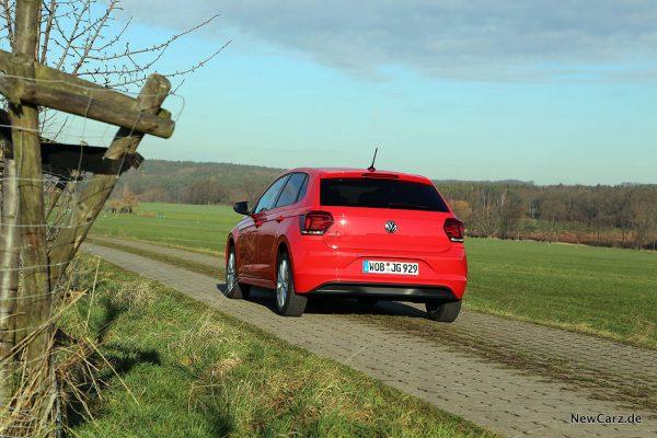 VW Polo TGI  schräg hinten links