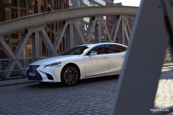 Lexus LS 500 Seite