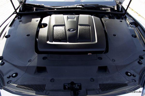 Lexus LS 500 Motor