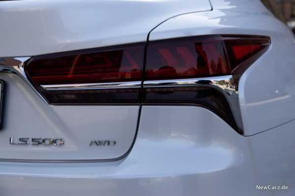 LS 500 AWD