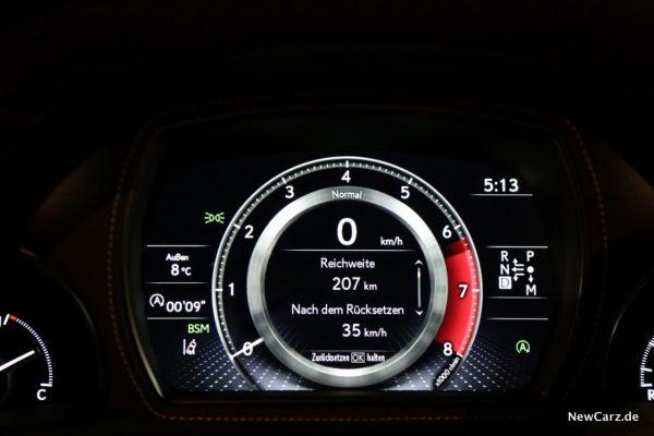 Lexus LS 500 Tacho