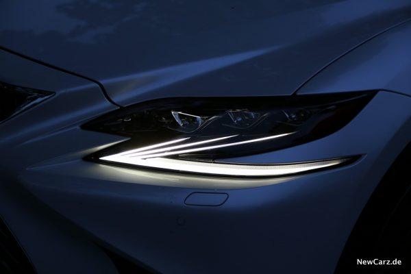 Lexus LS 500 Standlicht