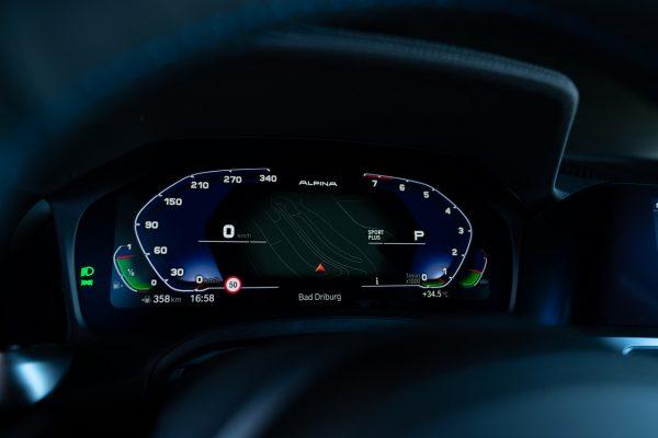 Cockpit ALPINA B3