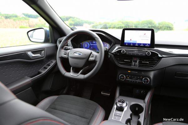 Ford Kuga PHEV Innenraum