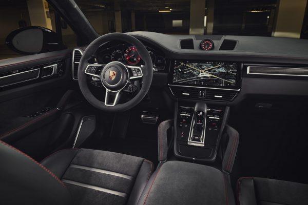 Porsche Cayenne GTS Interieur