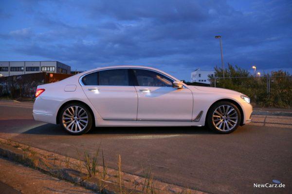 BMW 730d xDrive Seite