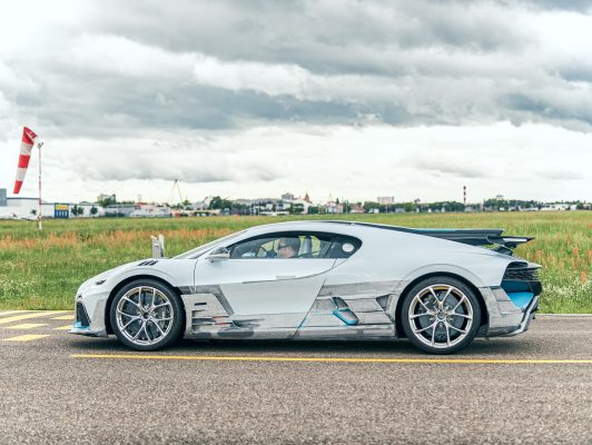 Bugatti Divo auf Testfahrt