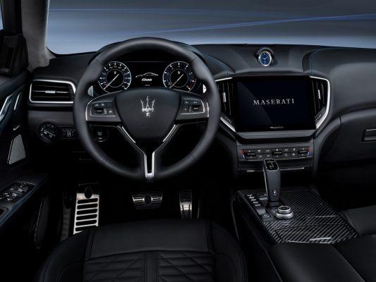 Cockpit Maserati Ghibli Hybrid
