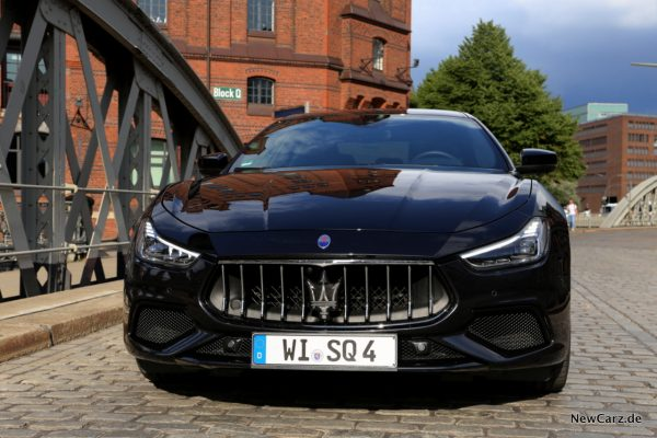 Maserati Ghibli S Q4 Nero Ribelle