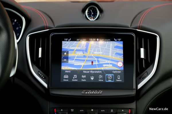 Maserati Ghibli S Q4 Navigation