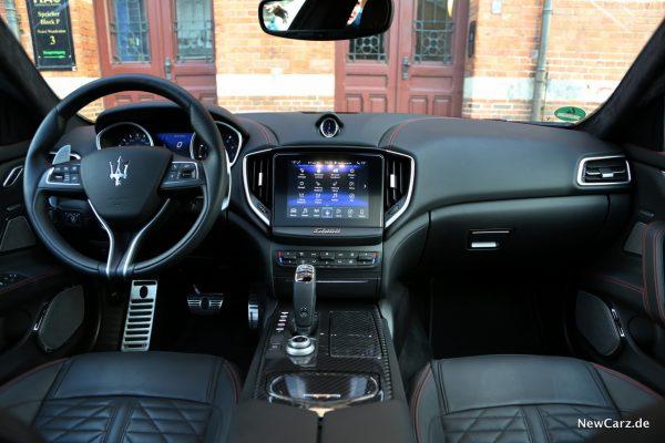 Maserati Ghibli S Q4 Interieur