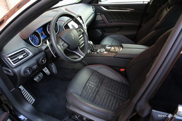 Maserati Ghibli S Q4 GranSport Interior