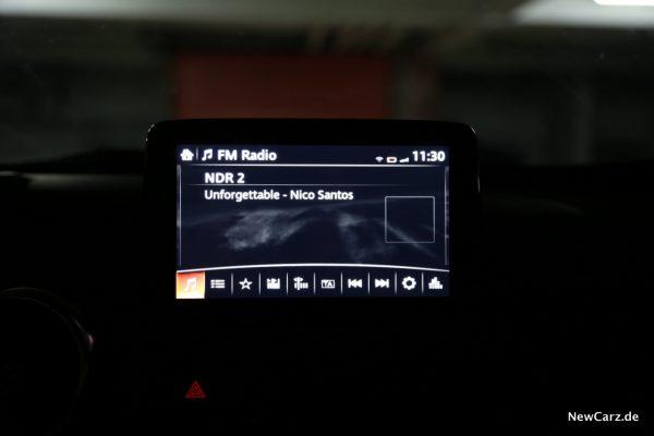 Mazda MX-5 Roadster Zentralbildschirm
